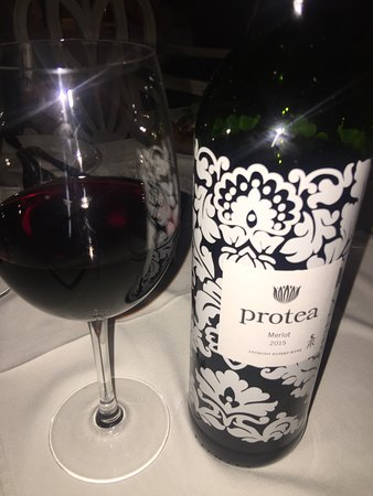 Blowfish Restaurant: Lovely bottle of red wine that was served to us