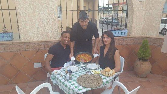 Formentera Del Segura, Espagne: PAELLA DE ARROZ Y BOGAVANTE....PARA MIS AMIGOS INGLESES