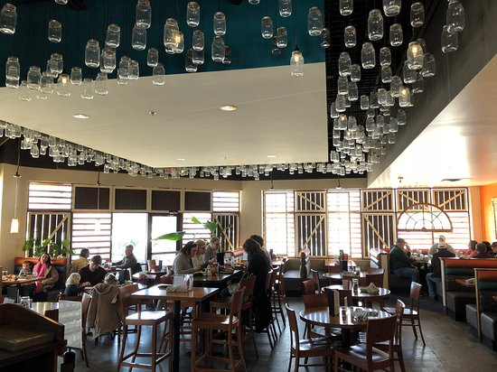 Cupcake and the Mason Jar: Neat Seating Ambience