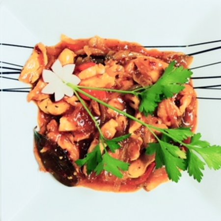 New Red Mango Indian Restaurant: Chef's special , a great flavour of curry!