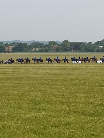 Discover Newmarket Tours: Boyz in blue
