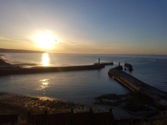 Фотография Whitby Harbour