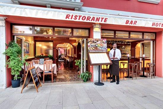 Hotel new reiter lido di venezia italia prezzi 2018 e for Ristorante amo venezia prezzi