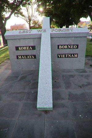Borneo, Malaya, Korea & Vietnam War Memorial