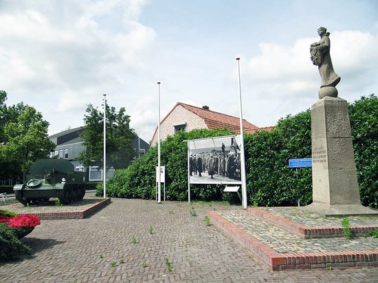 Sluis, The Netherlands: the monument