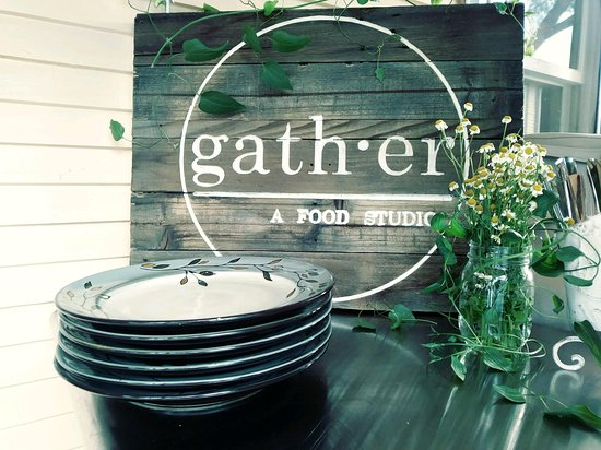 ‪Gather Food Studio‬