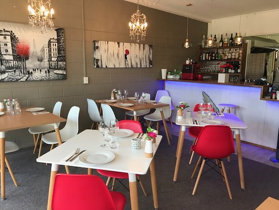 Incognito Licensed Brasserie: Lovely surroundings , magnificent food