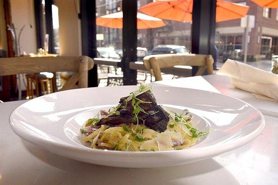 Blue Island Oyster Bar and Seafood: Mushroom Pasta