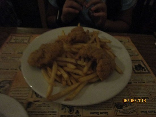 Ghost Town Grill: Chicken tenders meal