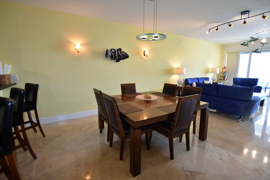 Mariner's Club Key Largo - Villa 132 - Tasteful Decor