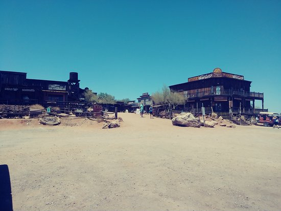 Goldfield Ghost Town: ghost town