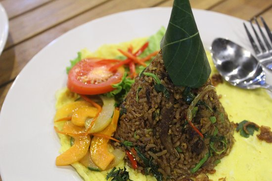 Waroeng Mendut provides and specialize in any kinds of Fried Rice