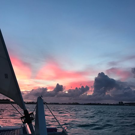 Zdjęcie Bermuda Sunset Cocktail Cruise