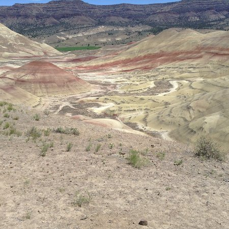 John Day Fossil Beds National Monument: View from top of trail