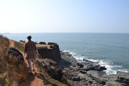 سينكيوريم, الهند: Дорога к форту с пляжа