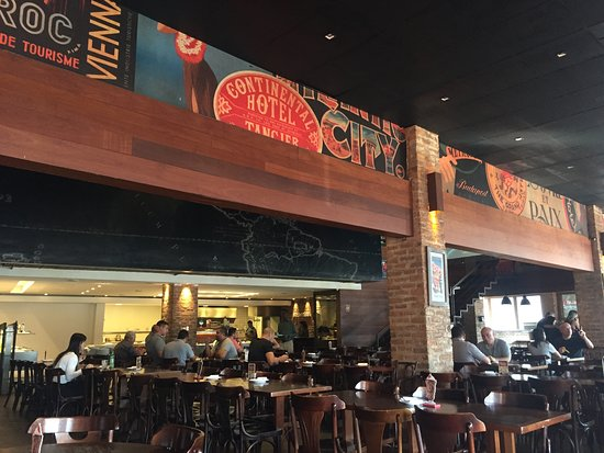 Frontera: Interior do restaurante