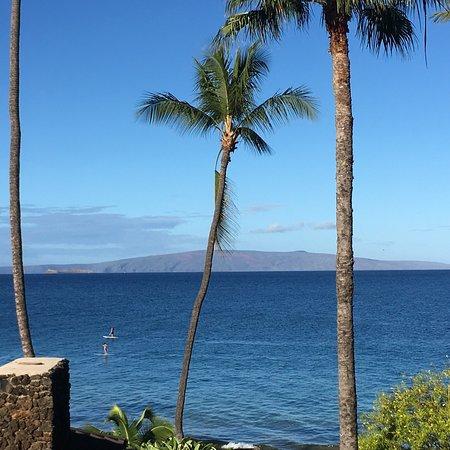 Kamaole Nalu Resort: Great balcony views