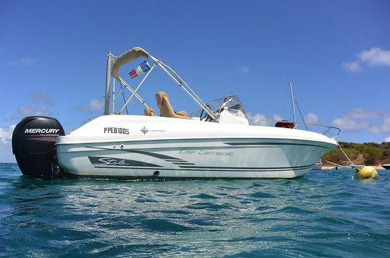 Half or Full Day St Martin Boat Rental: Motor boat rental (Cap Camarat 21 ft 7 persons - 150 hp)