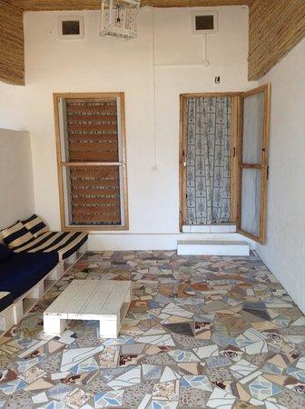 Villa Maroloko: terrasses des bungalows