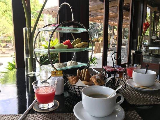 Amarterra Villas Bali Nusa Dua - MGallery: Frühstücksbereich