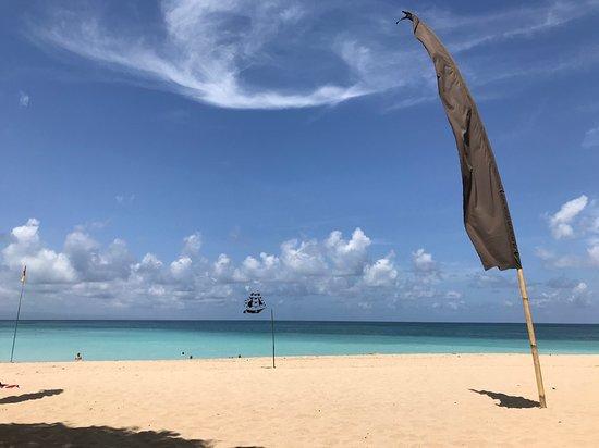 Amarterra Villas Bali Nusa Dua - MGallery: Blick von unserer Strandliegen