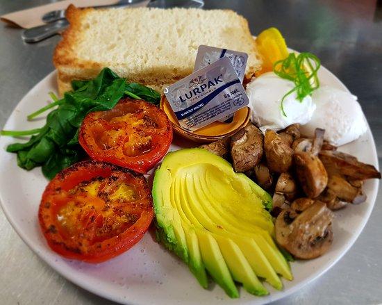 The Paper Rose Cafe: Vegetarian Big Breakfast