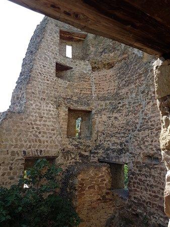 Bebris Tsikhe Fortress: 20180628_160847_large.jpg