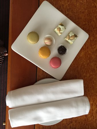 Sofitel Budapest Chain Bridge: Delivered to our room as a surprise