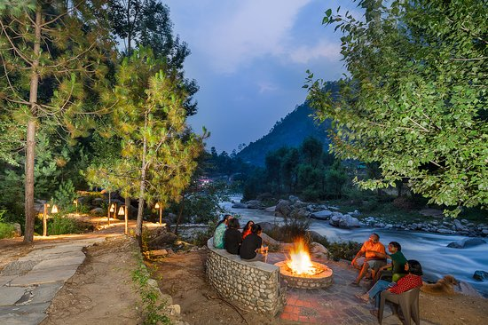 Sunshine Himalayan Cottage - Tirthan Valley: The Best Riverside Property in Tirthan !