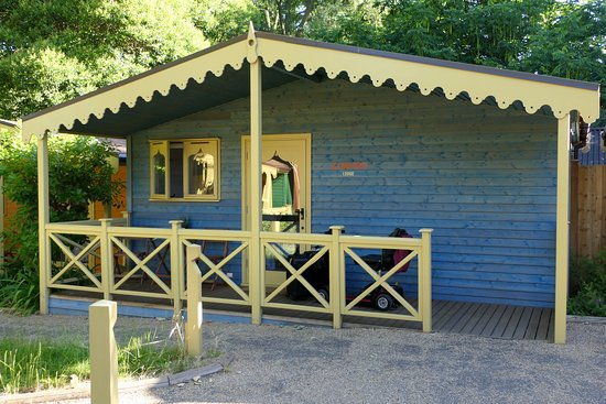 ZSL London Zoo Lodges: Our lodge. Just yards from the Lion enclosure