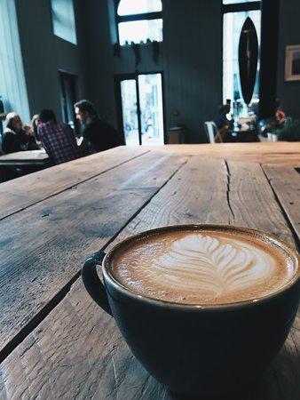 Drift-In: Mornig coffee open from 7:30am