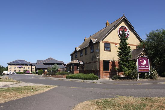 Premier Inn Weymouth Seafront hotel: Hotel and brewers fayre