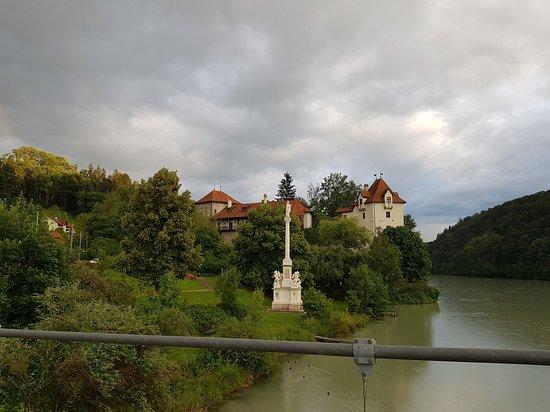 Wernstein am Inn, Austria: From foot bridge over the river Inn (opposite hotel)