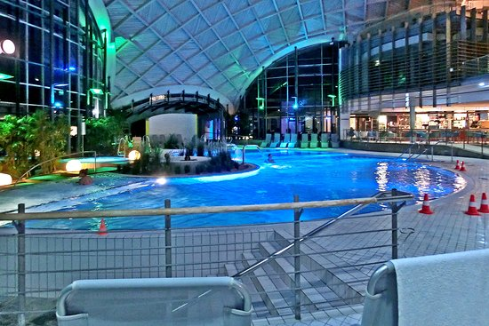 Bad Sulza, Germany: Abends in der Therme (Juni 2018)