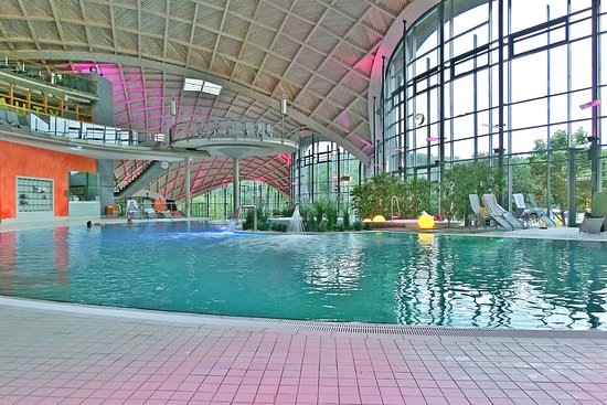 Bad Sulza, Germany: Blick durch die Therme (Juni 2018)