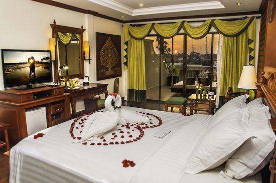 The Privilege Floor by Borei Angkor: Sunset Landmark honeymoon