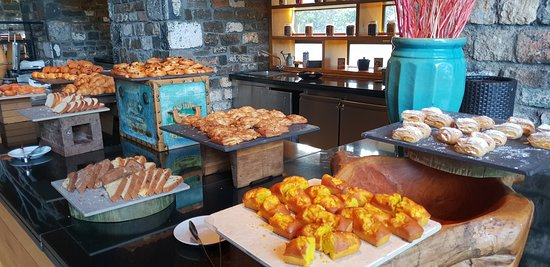 Outrigger Mauritius Beach Resort: Dining Desserts (Changed Daily)