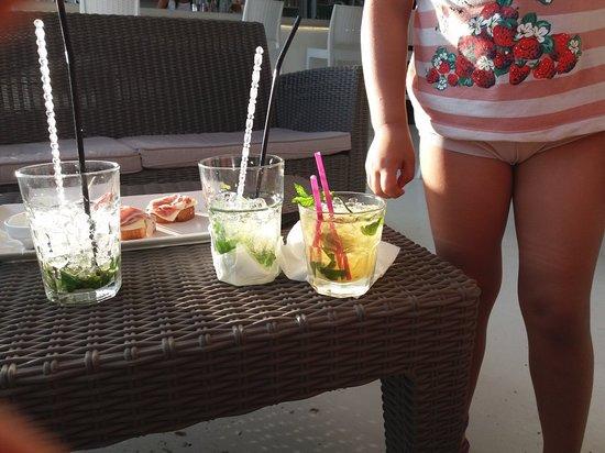 Del Mar Cafe Photo