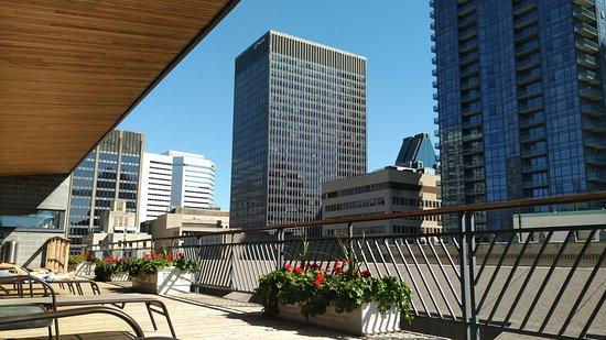 Le Square Phillips Hotel & Suites: Vue extérieure de la terrasse