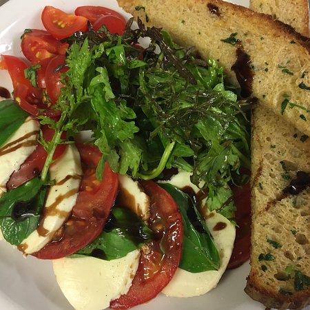 Belly Café: Caprese Salad