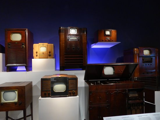 Museum of the Moving Image: TV sets
