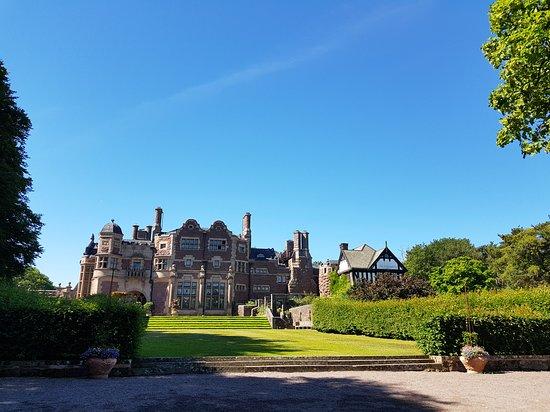 Tjoloholms Castle