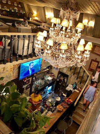 Elarji Restaurant: Baren