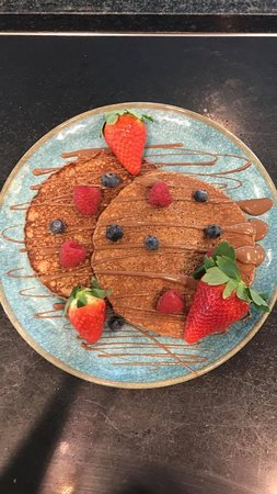 Cafe Mauds Newcastle: Fruit and chocolate Pancakes