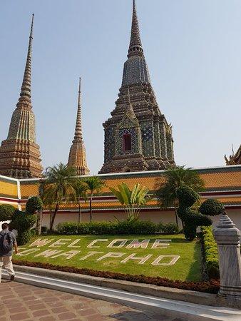 Wat Pho Thai Traditional Massage School: 20180205_152021_large.jpg