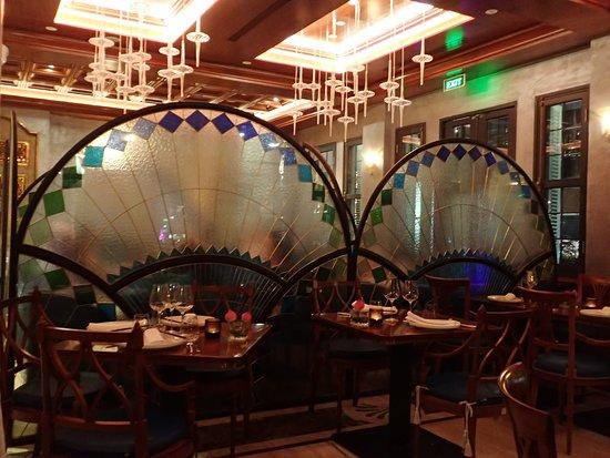 Vietnam House Restaurant: Beautiful decor - Vietnam House HCMC