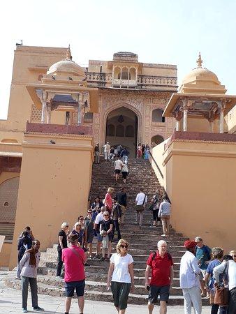Ravi India Tours: Amer fort way to Shila Devi temple (Kali Temple) Jaipur, Rajasthan (India)