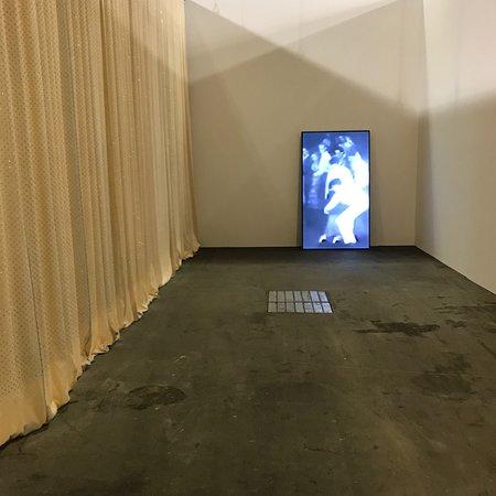 Art Basel: Unlimited セクションの作品
