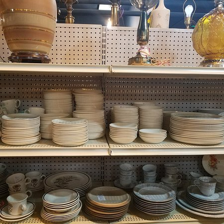 Tom & Audrey's Antique and Collectible Mall: 20180628_163909_large.jpg