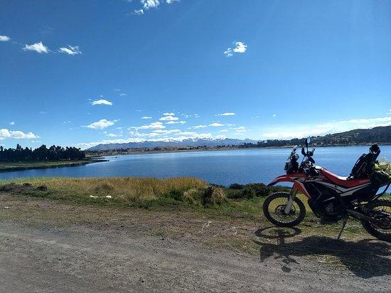 Motorcycle Tours Peru: Lake Puray